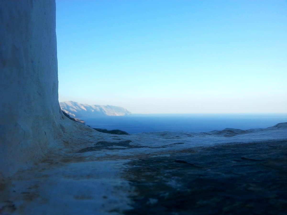amorgos-cyclades-island-endless-blue-greece-summer-vacation-Monastery-sea-view-memories